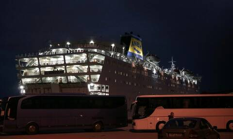 Κορονοϊός: Σε ξενοδοχεία οι ναυτεργάτες του «Ελ. Βενιζέλος» που βρέθηκαν αρνητικοί στον ιό