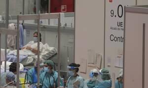 Κορονοϊός: Σοκάρει Ιταλός γιατρός! Δείτε πόσο εύκολα μεταδίδεται ο ιός (vid)