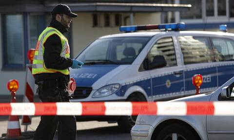 Συμβαίνει και στην Ελβετία: Εξέγερση λόγω κορονοϊού σε φυλακή της Γενεύης