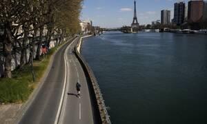 Κορονοϊός – Τραγωδία δίχως τέλος στη Γαλλία: 1.053 νεκροί σε 24 ώρες -«Θερίζει» τα γηροκομεία ο ιός