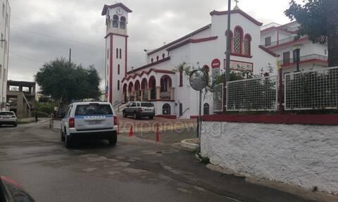 Κορονοϊός: Χαμός στα Χανιά - Η αστυνομία έβγαλε πιστούς από εκκλησία