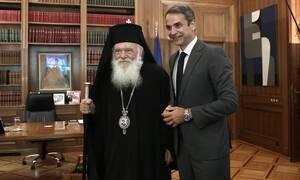 Ο Κυριάκος Μητσοτάκης ευχήθηκε ταχεία ανάρρωση στον Αρχιεπίσκοπο Ιερώνυμο