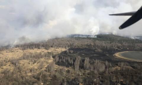 Τρόμος: Φλέγεται το δάσος κοντά στο Τσερνόμπιλ - Επικίνδυνη αύξηση της ραδιενέργειας