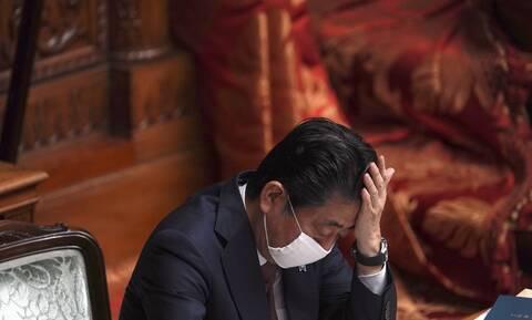 Κορονοϊός στην Ιαπωνία: Έτοιμος ο Σίνζο Άμπε να κηρύξει τη χώρα σε κατάσταση εκτάκτου ανάγκης