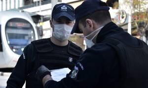Κορονοϊός: Εξετάζεται μέχρι και τριπλασιασμός προστίμων για όσους παραβιάζουν την καραντίνα