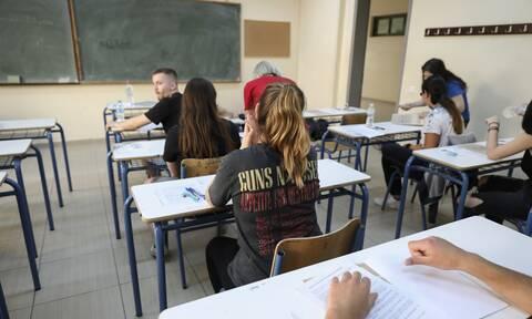 Κορονοϊός - Πανελλήνιες: Αυτός είναι ο στόχος της Κεραμέως για την ημερομηνία των εξετάσεων