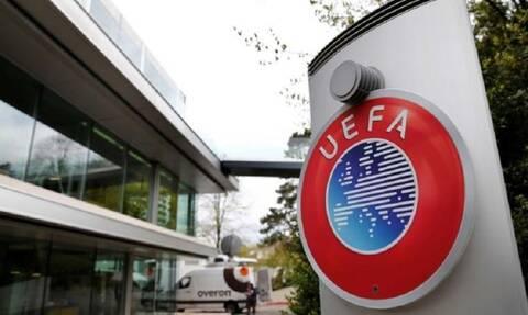 Κορονοϊός: Η UEFA προγραμματίζει, αλλά οι κυβερνήσεις αποφασίζουν για τη σέντρα