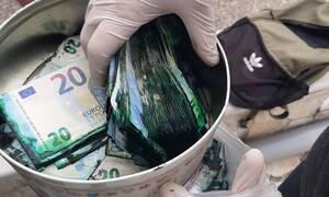 «Πράσινη» η λεία των ληστών των ΑΤΜ - Δείτε τις απίστευτες φωτογραφίες