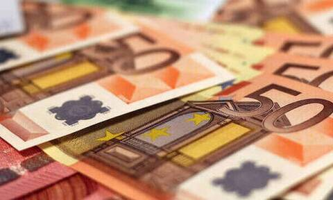 Κορονοϊός - «Βρέχει» χρήματα: Δείτε αναλυτικά πότε θα πληρωθούν συντάξεις και επιδόματα