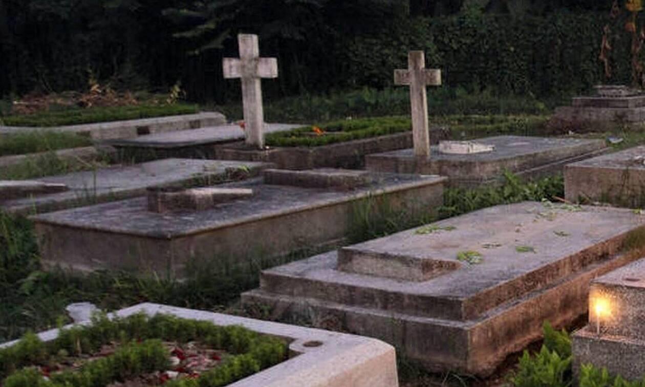 Χαμός σε νεκροταφείο της Λαμίας: Δείτε τι αντίκρισαν στα μνήματα