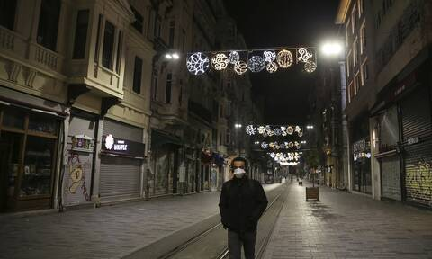 Κορονοϊός - Τουρκία: Σχεδόν 4.000 κρούσματα το τελευταίο 24ωρο - 76 νέοι θάνατοι