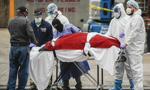 Κορονοϊός - Δράμα στις ΗΠΑ: Παγκόσμιο ρεκόρ με 1.939 νεκρούς μέσα σε 24 ώρες