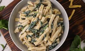 Η συνταγή της ημέρας: Σκιουφιχτά με σπανάκι και γιαούρτι