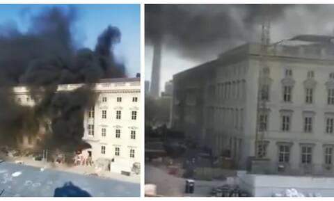 Γερμανία: Φωτιά στο Ανάκτορο του Βερολίνου (vids)