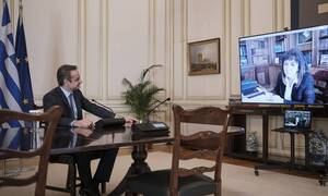 PM Mitsotakis briefs President Sakellaropoulou on the health crisis and measures to support economy