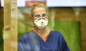 Ευρωπαϊκό Κέντρο Πρόληψης και Ελέγχου Νόσων: Να φορούν όλοι μάσκες
