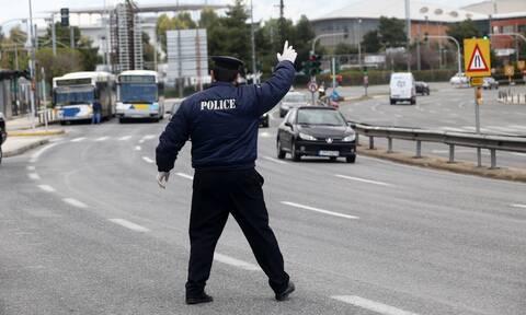 Κορονοϊός: Μπλόκα σε διόδια, λιμάνια, αεροδρόμια, ΚΤΕΛ και σιδηροδρομικούς σταθμούς