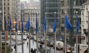Κορονοϊός: Αυτή είναι η «Στρατηγική Εξόδου» που προτείνει η Κομισιόν για τη χαλάρωση των μέτρων