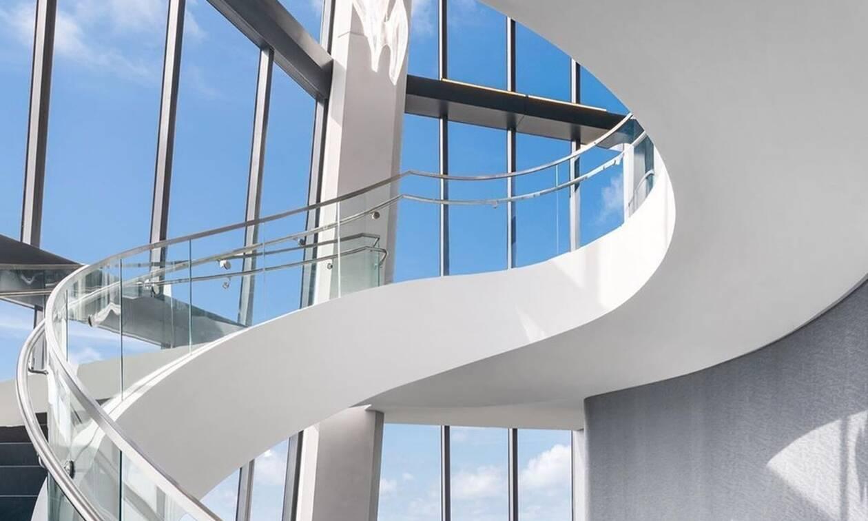 Δες το φουτουριστικό ρετιρέ που αγόρασαν οι Μπέκαμ στο κτίριο της Zaha Hadid στο Μαϊάμι