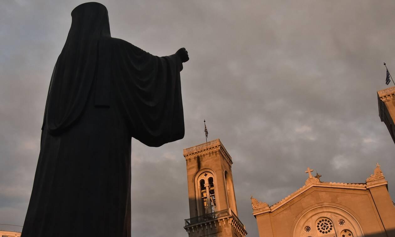 Κορονοϊός - Πάσχα: Έτσι θα λειτουργήσουν οι εκκλησίες τη Μεγάλη Εβδομάδα - Δείτε την εγκύκλιο