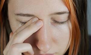 Κορονοϊός: Πώς θα κρατήστε τα χέρια σας μακριά από το πρόσωπό σας