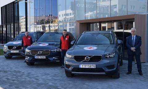 Πέντε οχήματα στον Ελληνικό Ερυθρό Σταυρό από την Volvo Car Hellas για την ενίσχυση του έργου του