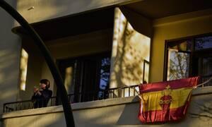 Κορονοϊός Ισπανία: Παραθαλάσσιες πόλεις οχυρώνονται για να εμποδίσουν την άφιξη τουριστών