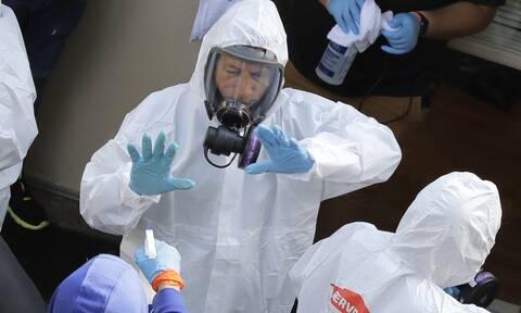 Κορονοϊός -Κινέζοι επιστήμονες: Ο ιός μπορεί να ταξιδέψει σε απόσταση μέχρι 4 μέτρων από έναν ασθενή