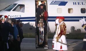 Κορονοϊός - Πάσχα: Έτσι θα φτάσει το Άγιο Φως στην Ελλάδα