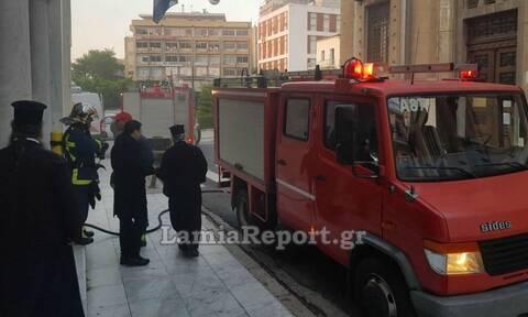 Θρίλερ στη Λαμία: Μεγάλη φωτιά στη Μητρόπολη - Συγκλονισμένος ο Δεσπότης Συμεών