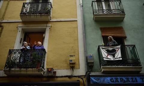 Κορονοϊός - Ισπανός δημοσιογράφος στο CNN Greece: Έτσι είναι η ζωή στη χώρα με τα περισσότερα θύματα
