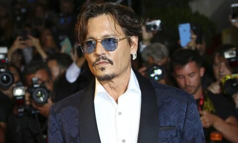 Τρομακτική ομοιότητα: Ο γιος του Johnny Depp μεγάλωσε κι είναι ίδιος ο μπαμπάς του