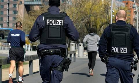 Γερμανία: Επεισόδια κατά την επιβολή των περιοριστικών μέτρων για τον κορονοϊό