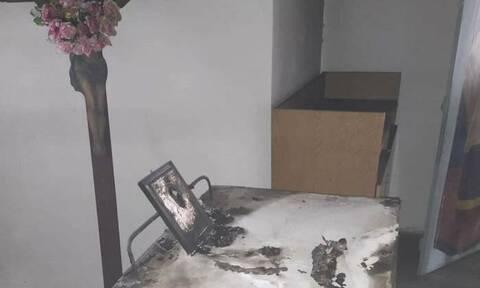 Θρίλερ στη Λαμία: Ιερόσυλοι έκαψαν εκκλησάκι - Εικόνες θλίψης