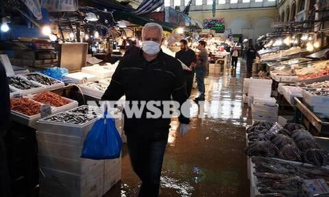 Κορονοϊός – Ρεπορτάζ Newsbomb.gr: Αυξημένη κίνηση στην ψαραγορά – Πού κυμαίνονται οι τιμές