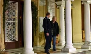 Κουκάκι: Ο ιερέας που καταζητείται ποστάρει στο... Facebook -  Δείτε τι ανέβασε