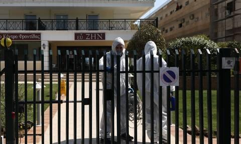 Κορονοϊός: Τι συμβαίνει σε γηροκομεία και οικισμούς Ρομά; Συναγερμός για τις υγειονομικές βόμβες