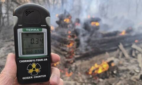 Τσέρνμπομπιλ: Παγκόσμιος τρόμος από την τεράστια πυρκαγιά - Πλησιάζουν τον σταθμό οι φλόγες