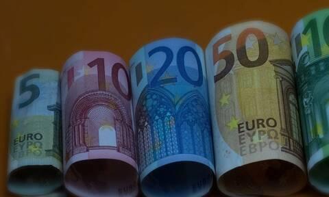 Δημοσκόπηση - βόμβα για τον κορονοϊό: Πότε τελειώνουν τα λεφτά των Ελλήνων;