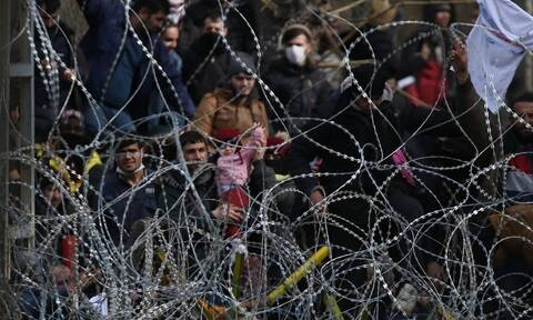Die Welt: Ο Ερντογάν στέλνει και πάλι πρόσφυγες και μετανάστες στην Ελλάδα