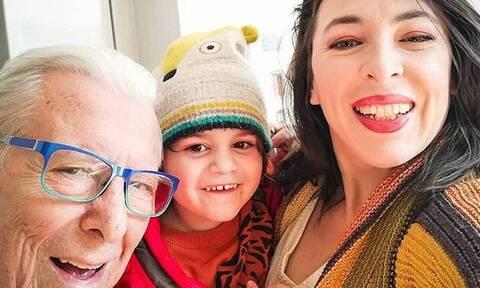 Αλίκη Κατσαβού: Αποκάλυψε τη νέα ασχολία του μικρού Φοίβου Βουτσά στο σπίτι! (Photos)