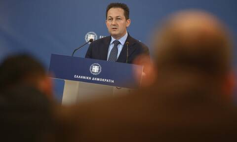 Κορονοϊός – Πέτσας: Πριν τις 27 Απριλίου ανακοινώσεις για χαλάρωση των μέτρων – Τι είπε για εκλογές