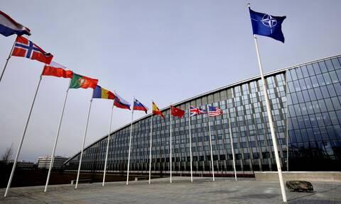 ΝΑΤΟ: Ο κορονοϊός στο επίκεντρο τηλεδιάσκεψης των υπουργών Άμυνας