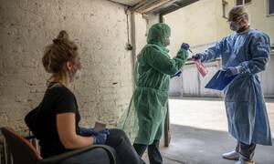 Kορονοϊός Γερμανία: Το Βερολίνο στηρίζει τον ΠΟΥ και το «απίστευτα σημαντικό έργο» του