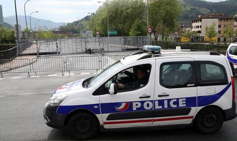 Γαλλία: Αστυνομικοί σκότωσαν άνδρα που ήταν οπλισμένος με μαχαίρι