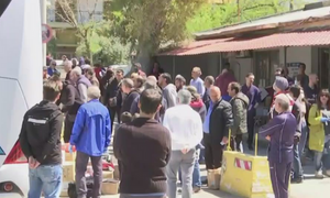 Κορονοϊός - Ξεθάρρεψαν οι Αθηναίοι: Χαμός στα ΚΤΕΛ για το δέμα απ' το χωριό - Κίνηση στους δρόμους