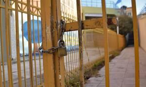 Κορονοϊός στην Ελλάδα: Πώς και πότε θα ανοίξουν τα σχολεία – Τι λένε Τσιόδρας και Χαρδαλιάς