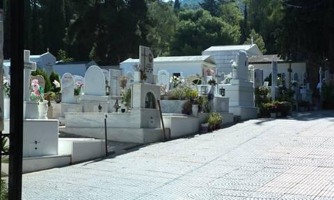 Κορονοϊός στην Ξάνθη: Ένα κερί για όλους θα ανάψει ο Δήμος στα νεκροταφεία ευθύνης του