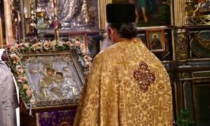 Κορονοϊός: Ποιοι και γιατί ετοιμάζουν «ιερό αντάρτικο» την Ανάσταση