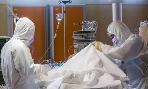 Κορονοϊός - Έλληνας καθηγητής του Johns Hopkins προειδοποιεί: Oι συνέπειες του ιού στους πνεύμονες